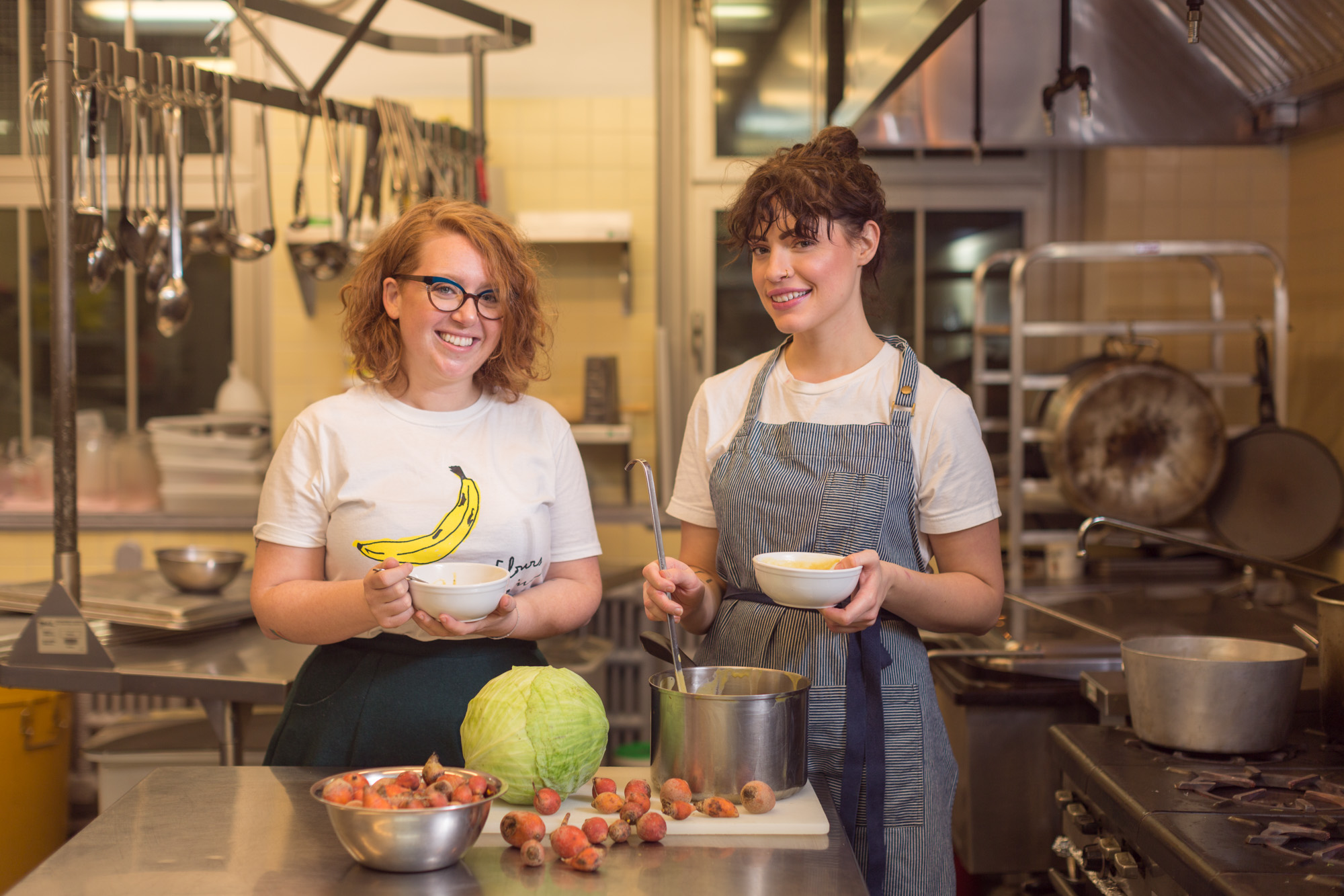 Florence-Léa Siry, Agente de développement; Jennifer Dunn, cuisinière